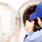 Reparação de máquinas de lavar roupa.